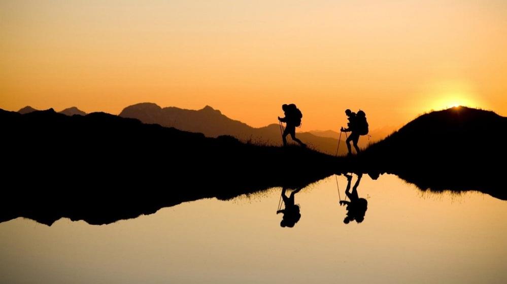 walkersadventuretravel.weebly.com1100