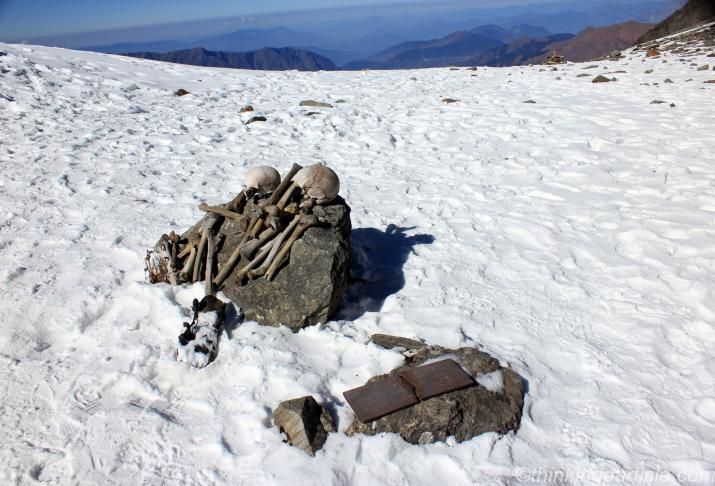 Skeletons-at-Roopkund-Lake